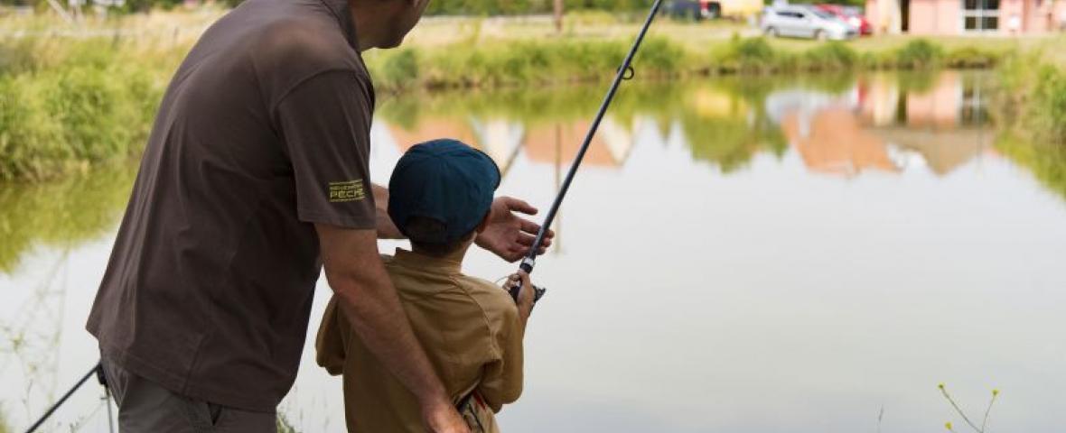 Initiation à la pêche au lac d'Aubusson d'Auvergne