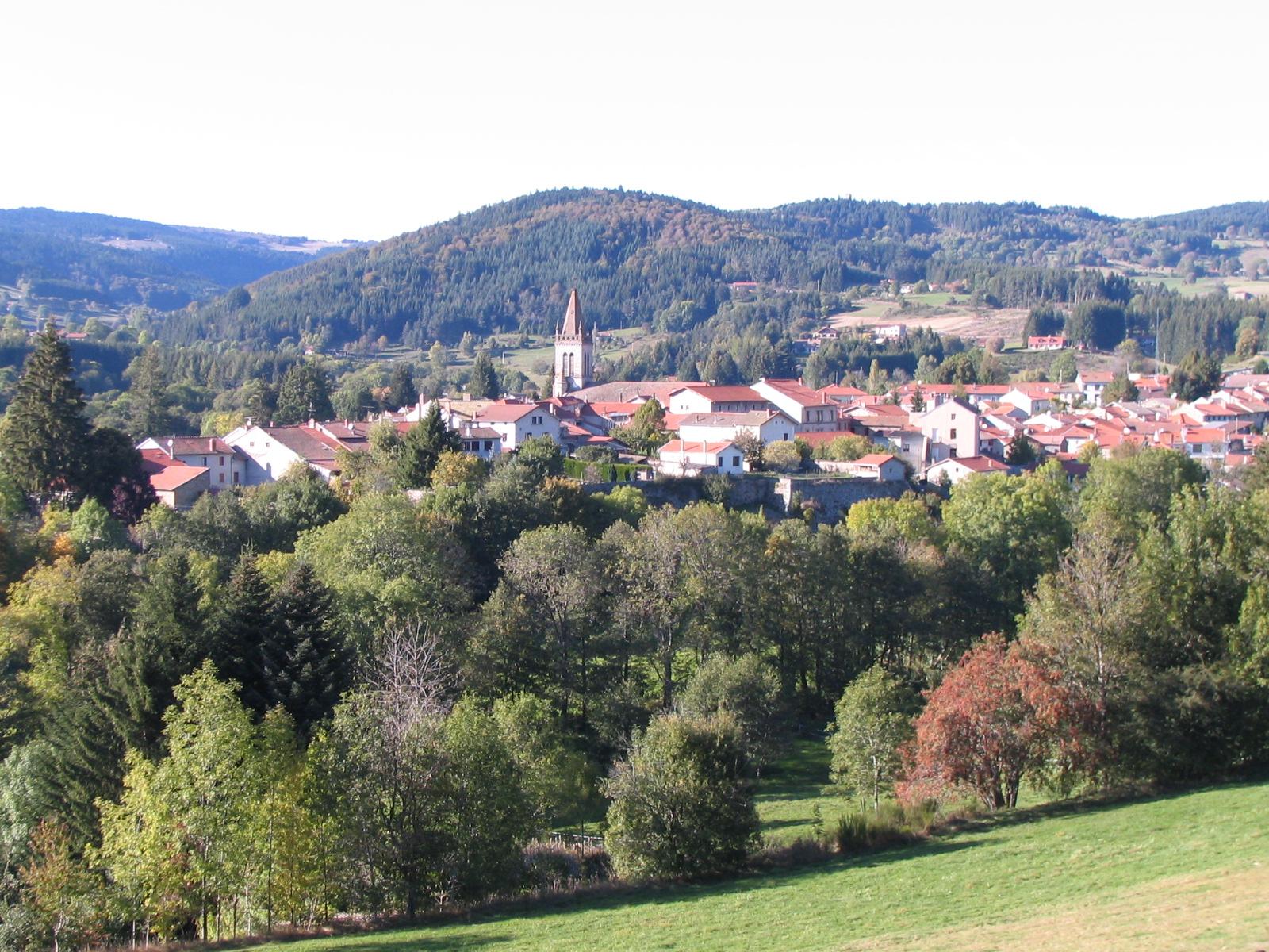 Bourg de Saint-Anthème