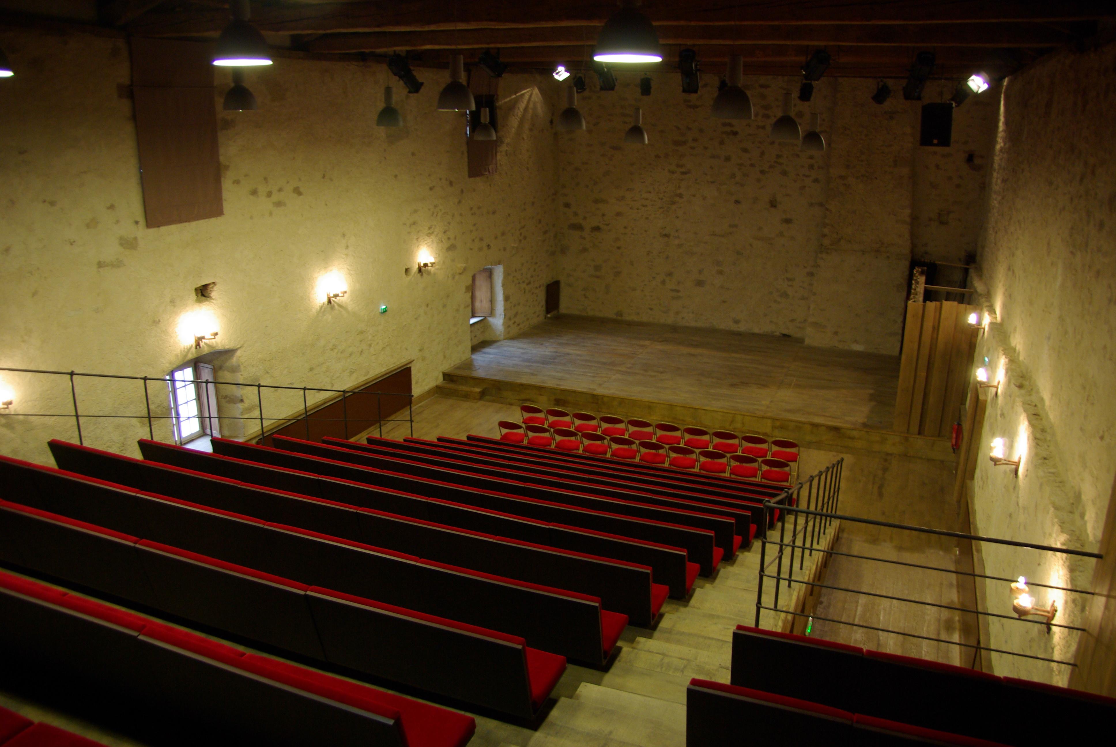 Intérieur Auditorium Cziffra de La Chaise-Dieu