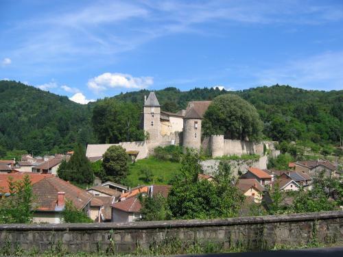 Visite guidée : Châteldon, bourg médiéval au pied des Bois Noirs