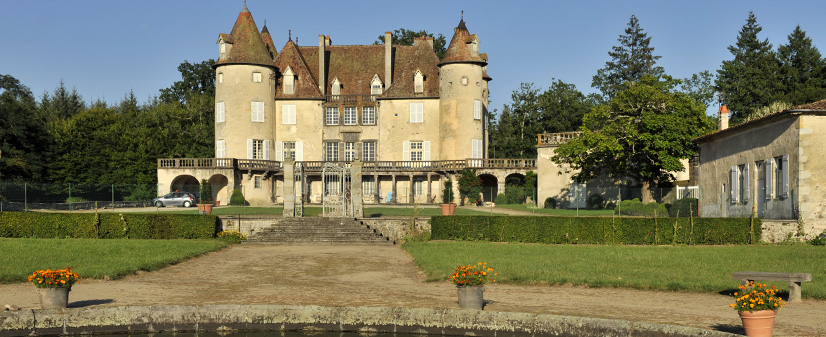 chateau Barge