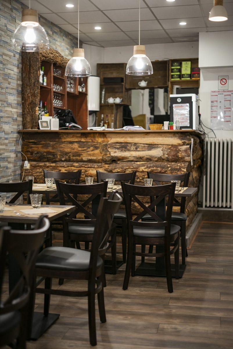 Cosina – salle bar