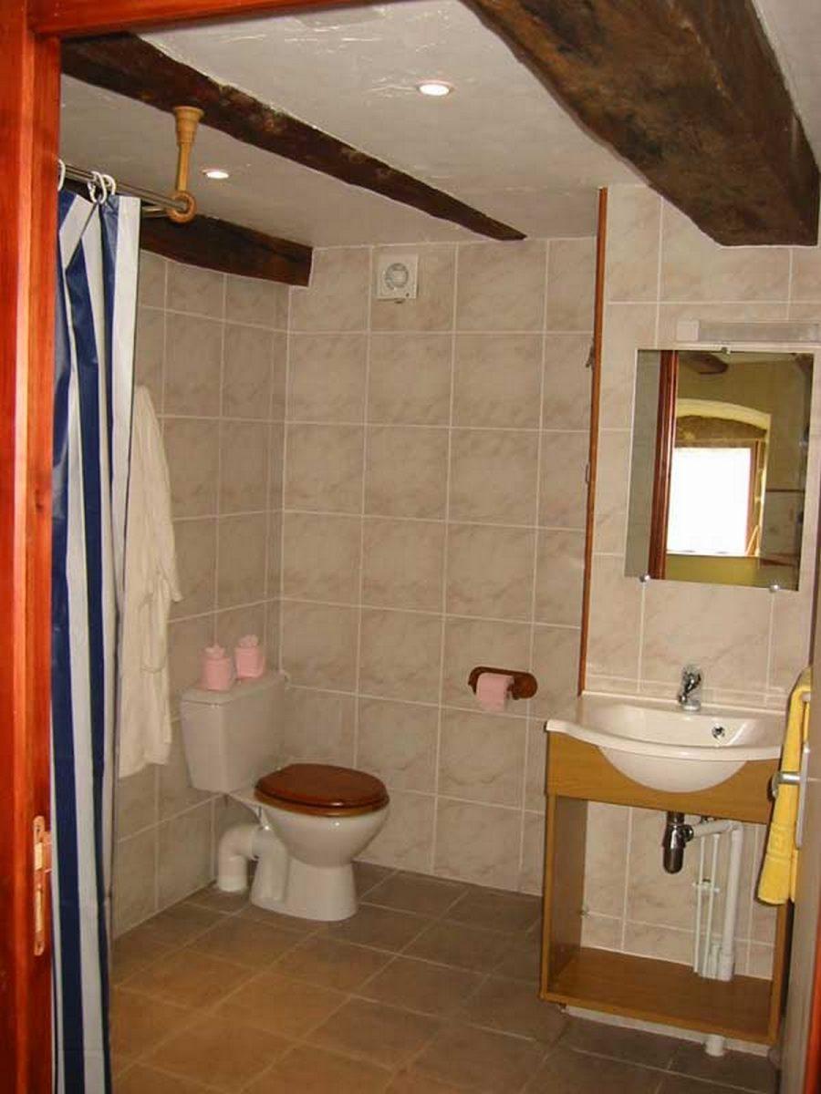 Gîte du Château de Coisse – Salle de bain