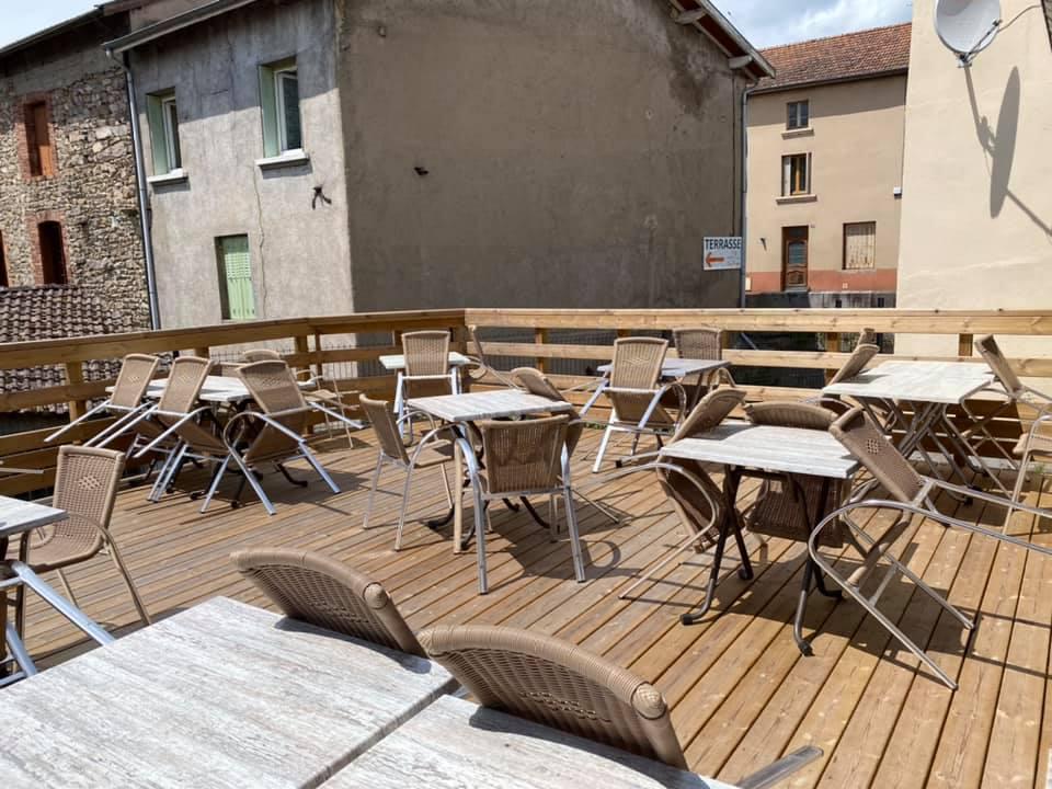 Auberge Le 1013 – Terrasse