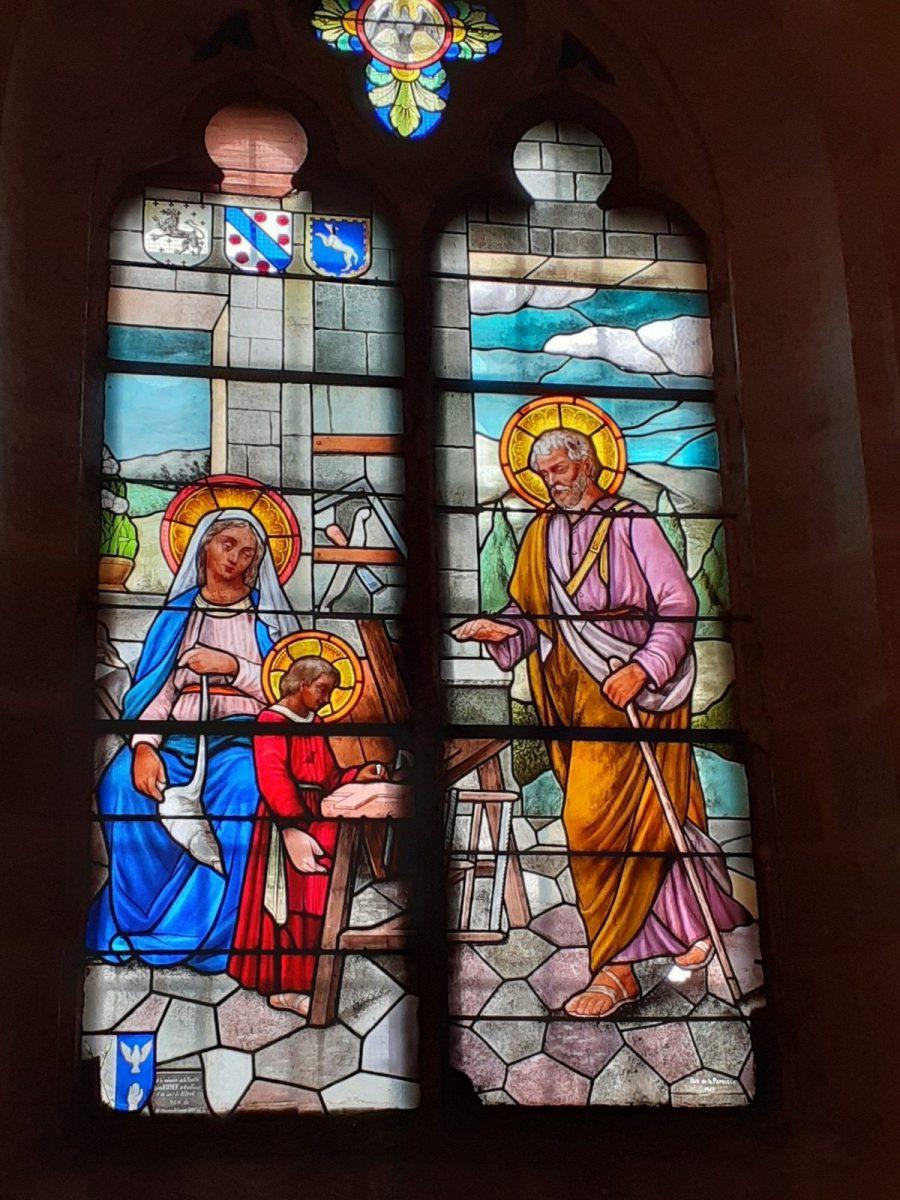 PCU_ Eglise St-Etienne_ vitrail armoirié