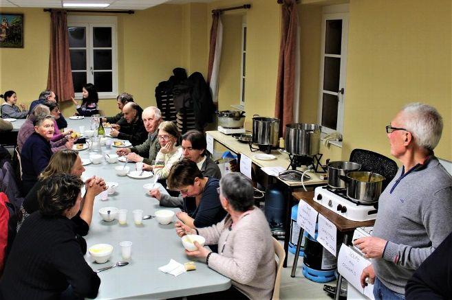 EVE_Téléthon_soupe aux choux et gâteaux