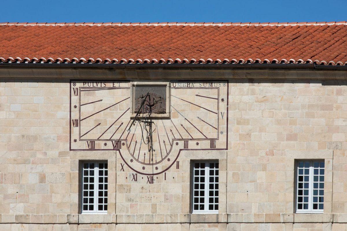 PCU_Abbaye de La Chaise-Dieu_cadran solaire restauré