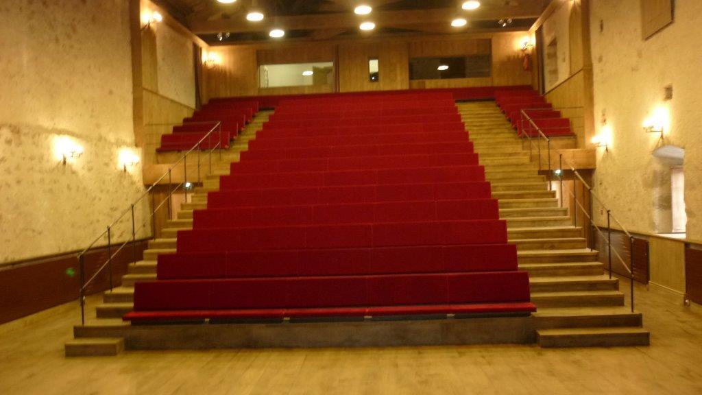 EQUI_Auditorium Cziffra_intérieur gradin