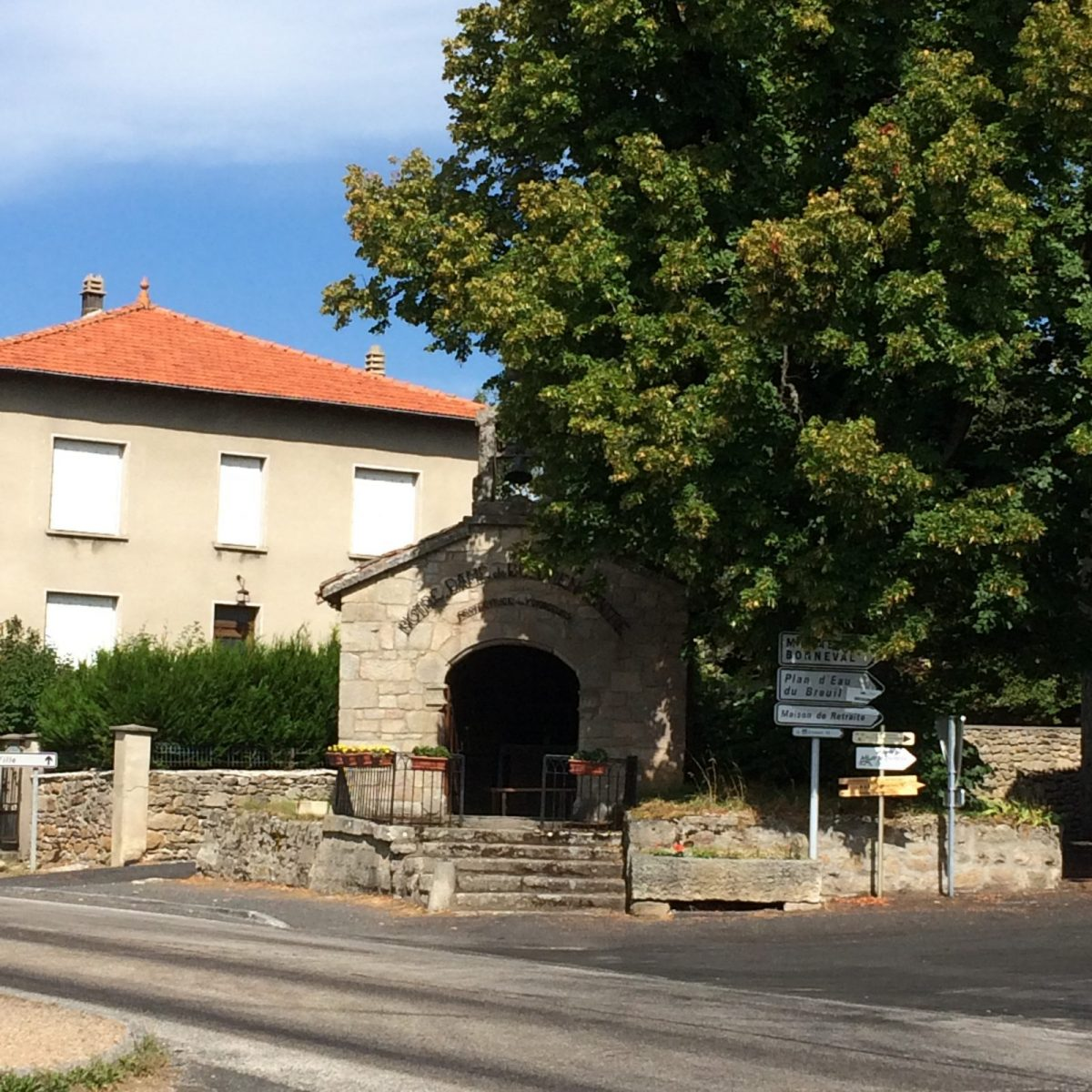 EVE_Visite du bourg médiéval _Chapelle de Bon Rencontre