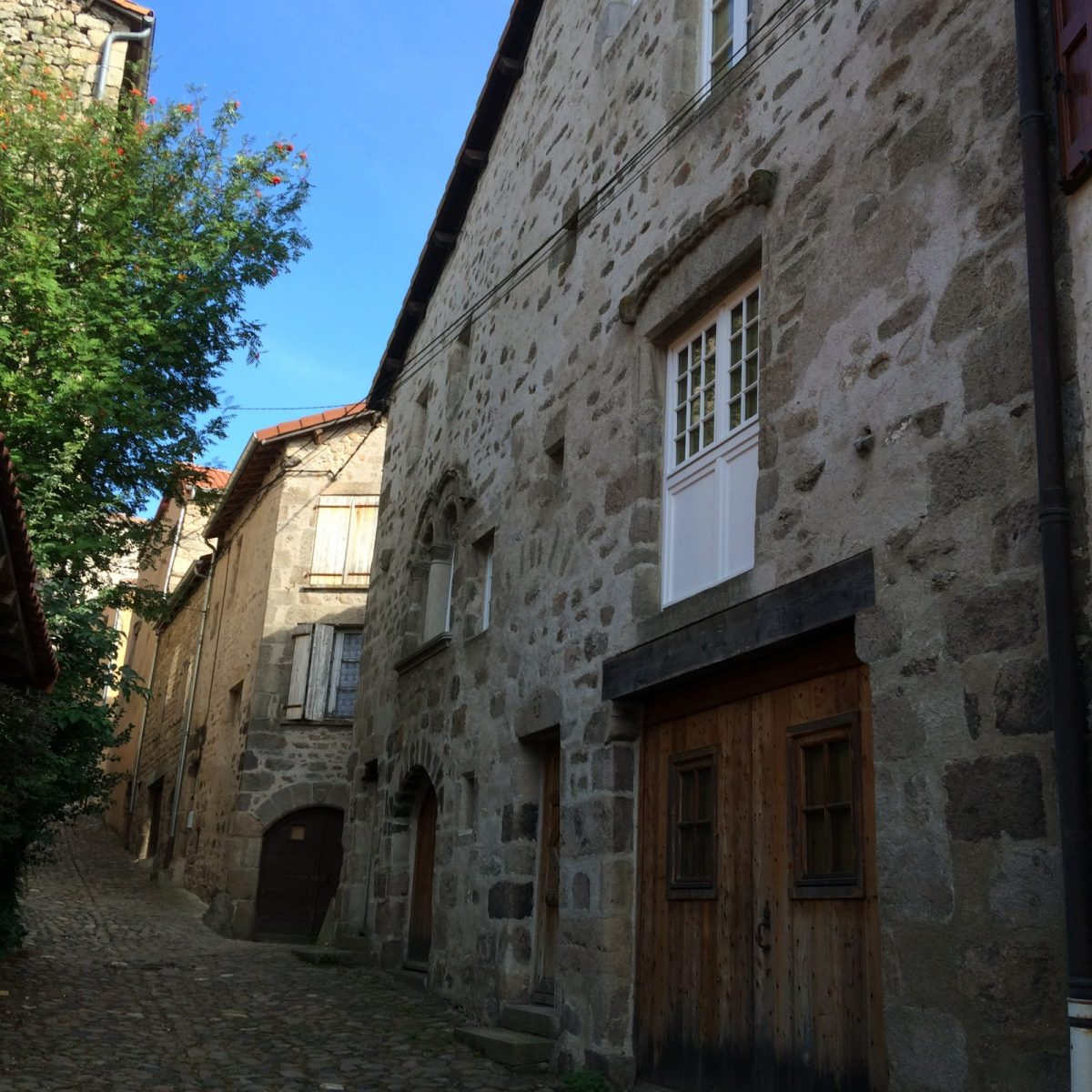 EVE_Visite du bourg médiéval _rue des Casernes